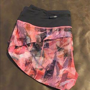 lululemon athletica Shorts - Lululemon speed short 6